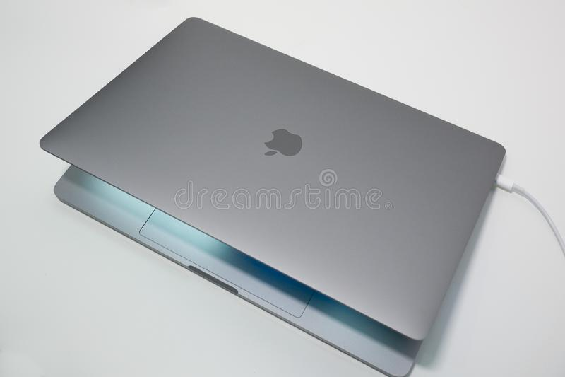 Jabłczani 15 MacBook Pro calowy laptop, notebook/ fotografia stock
