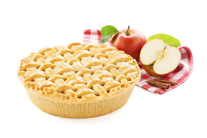 Jabłczany kulebiak, jabłka i czerwony w kratkę tablecloth, Bia?y t?o zdjęcie stock