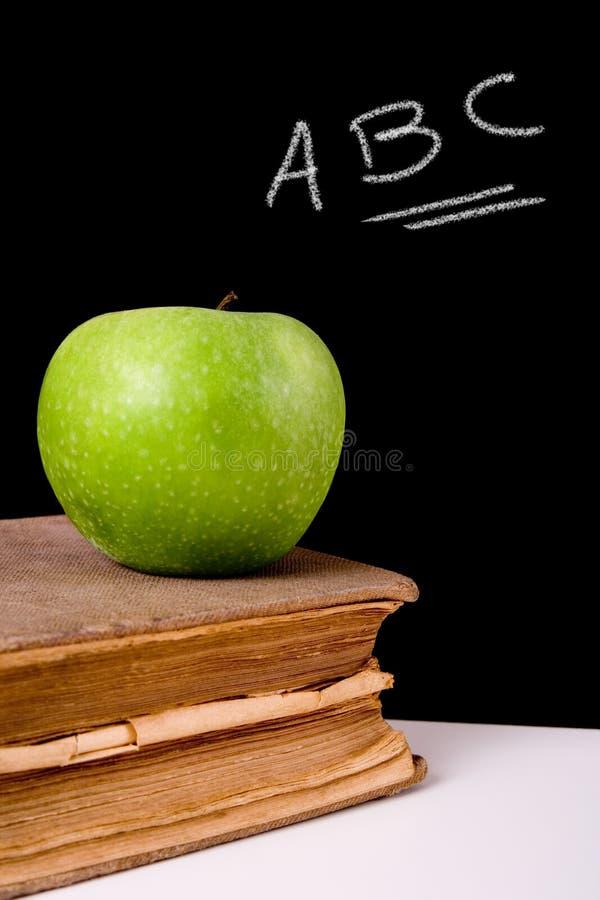 jabłka 02a książka zdjęcia royalty free