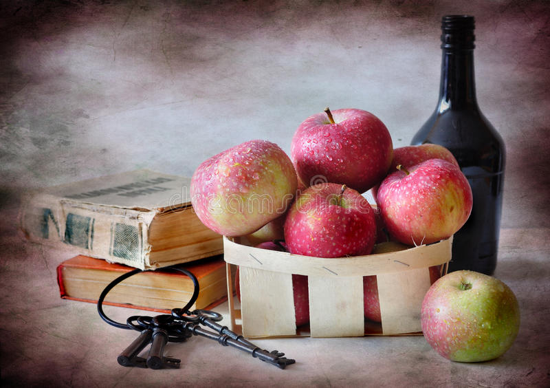 jabłko książki obrazy stock