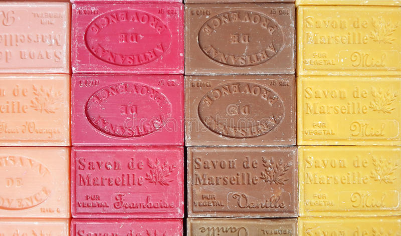 Jabones multicolores de Marsella imagen de archivo