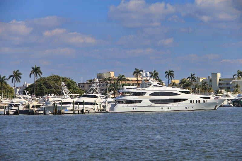 Jacht in het Palm Beach van het Westen royalty-vrije stock foto's