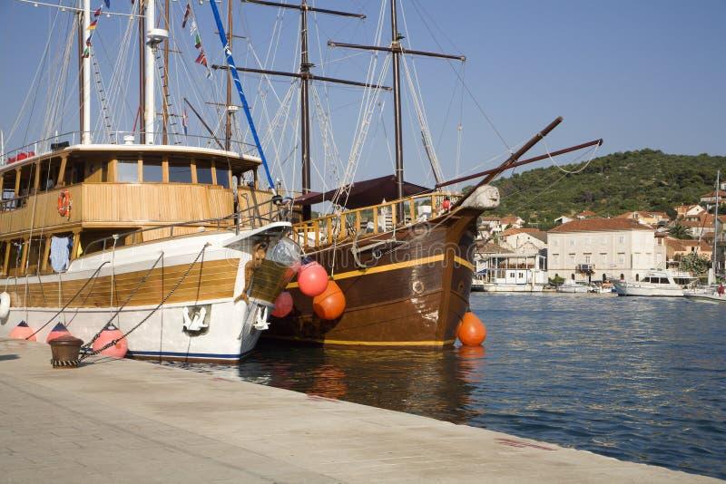 Jachten in Trogir - Kroatië stock foto