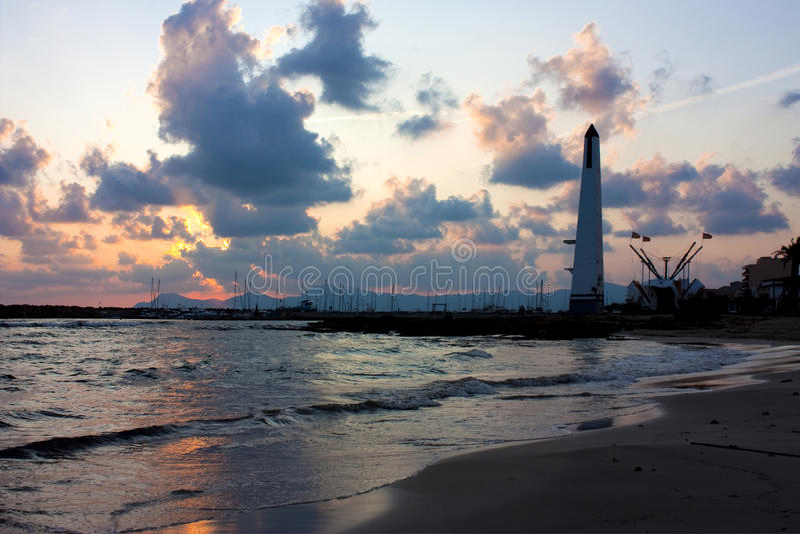Jachthafen an der Dämmerung lizenzfreies stockbild