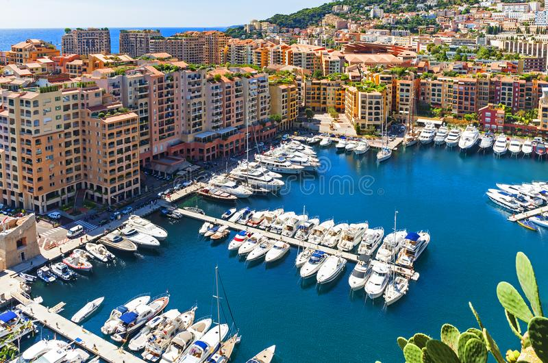 Jachthaven in de stad van Monaco royalty-vrije stock fotografie