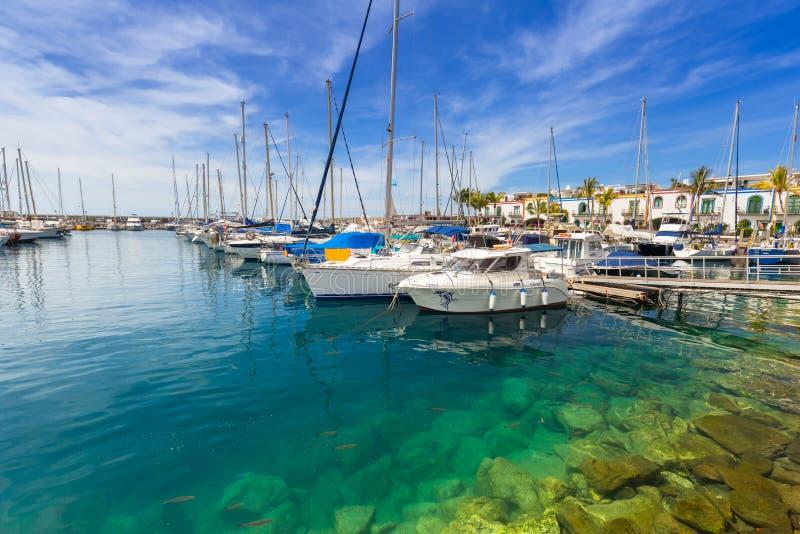 Jachthaven van Puerto DE Mogan, een kleine vissershaven op Gran Canaria royalty-vrije stock fotografie