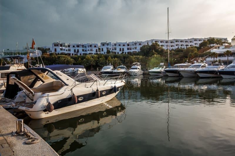 Jachtjachthaven - Cala D 'of - Mallorca - Spanje royalty-vrije stock afbeeldingen