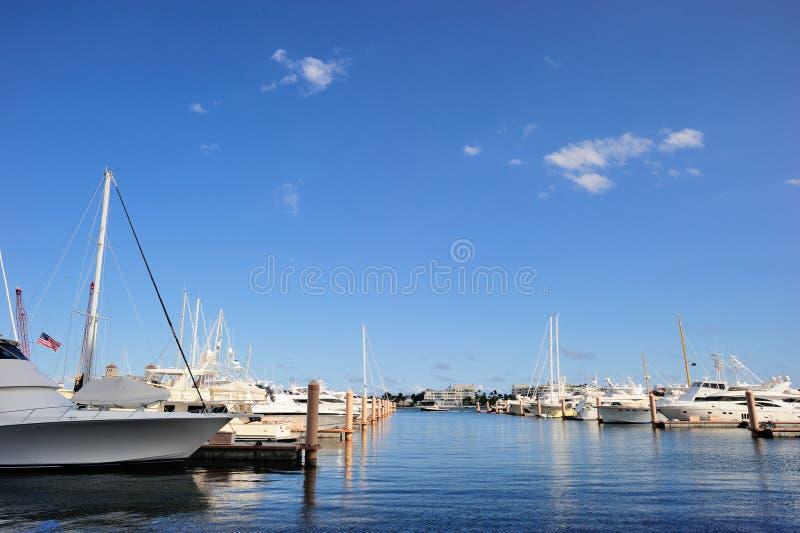 Jachtu klub przy Zachodni palm beach obrazy stock