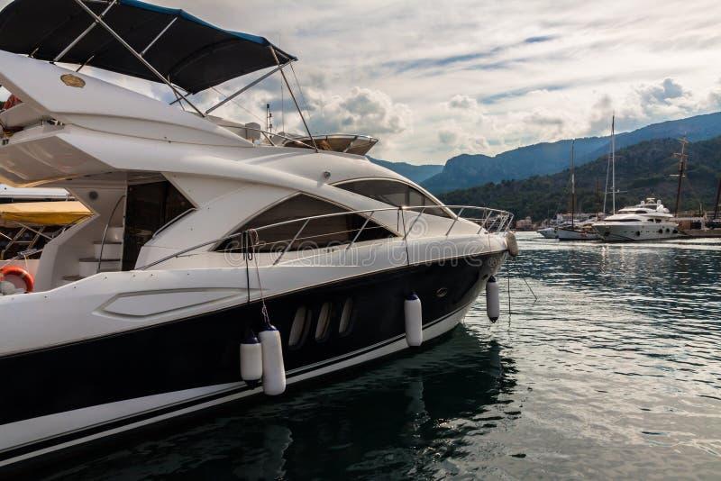Jachty w Portowym De Soller, Mallorca, Hiszpania zdjęcia royalty free