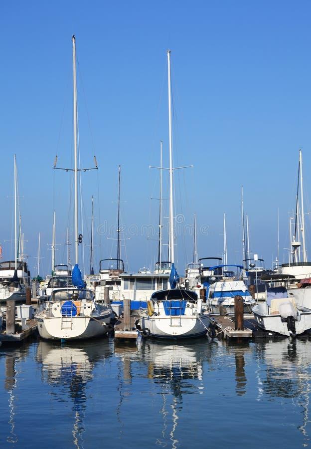Jachty w San Fransisco schronieniu zdjęcia royalty free