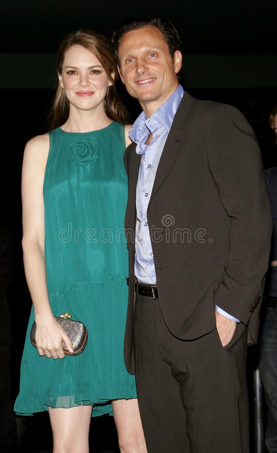 Jacinda Barrett en Tony Goldwyn stock fotografie