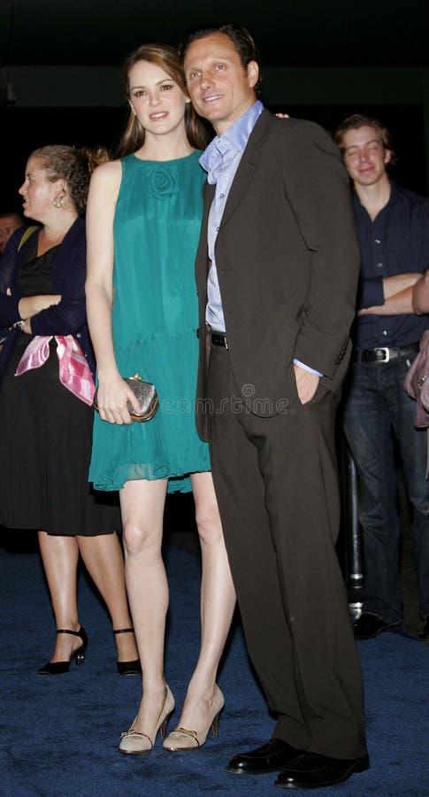Jacinda Barrett en Tony Goldwyn stock afbeelding