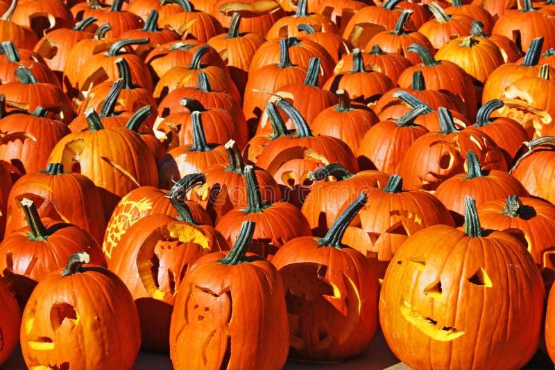 Download Jack-O-Lanternes image stock. Image du mystérieux, tour - 8654015