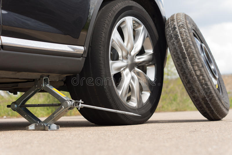 Run All Wheel Drive Car On Lift