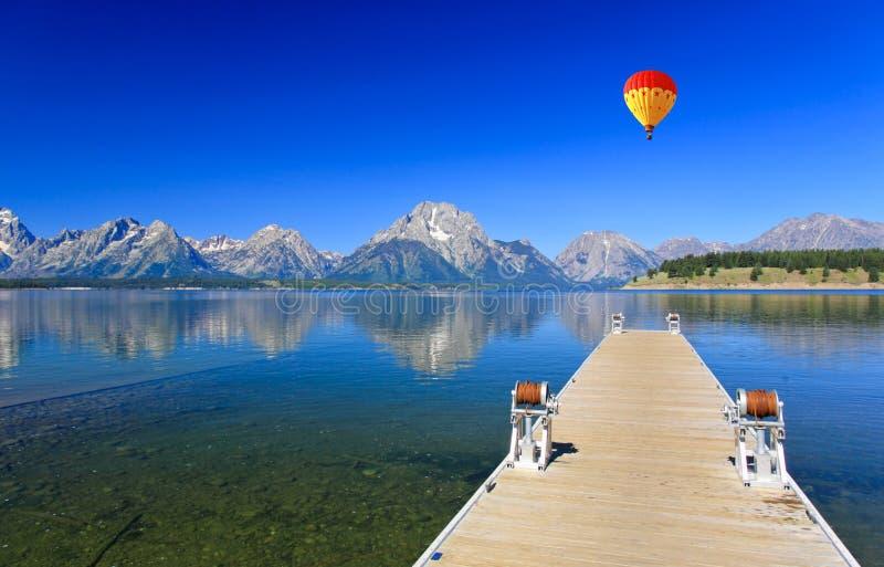 Jackson Lake in großartigem Teton stockfotografie