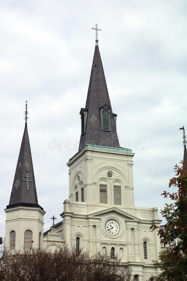 Jackson Square καθεδρικών ναών της Νέας Ορλεάνης στην πόλη του θανάτου στοκ φωτογραφία