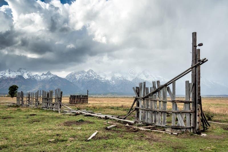 JACKSON WYOMING/USA - SEPTEMBER 30: Sikt av mormonraden nära Ja royaltyfri bild