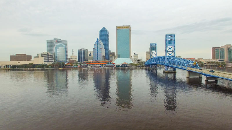 JACKSONVILLE, FL - FEBRUARY 2016: Aerial city view on a cloudy d royalty free stock photos