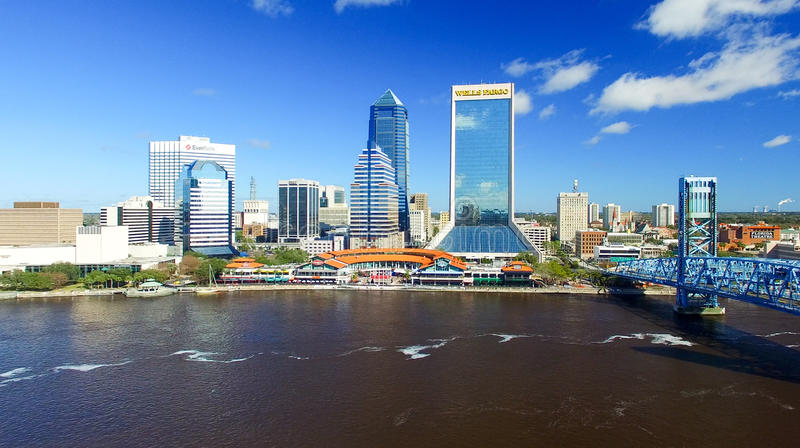 JACKSONVILLE, FL - FEBRUARY 2016: Aerial city view on a sunny da stock photography