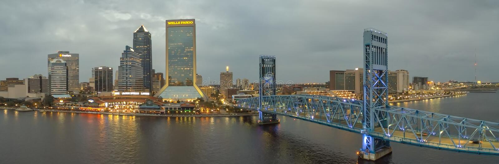 JACKSONVILLE, FL - FEBRUARY 2016: Panoramic aerial view ofcity s. Kyline at sunset. Jacksonville is a famous destination in Florida stock images