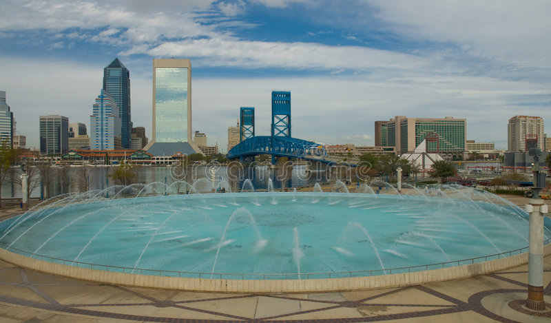 Jacksonville Florida. Scenic View of Jacksonville Florida from Hendricks Point Park showing Main Street Bridge and Fountain stock photography