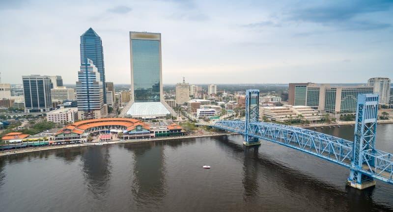 Jacksonville - flyg- sikt för stad royaltyfri fotografi