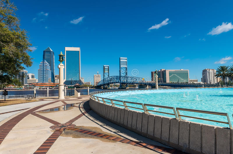 Jacksonville skyline and fountain, Florida royalty free stock photos