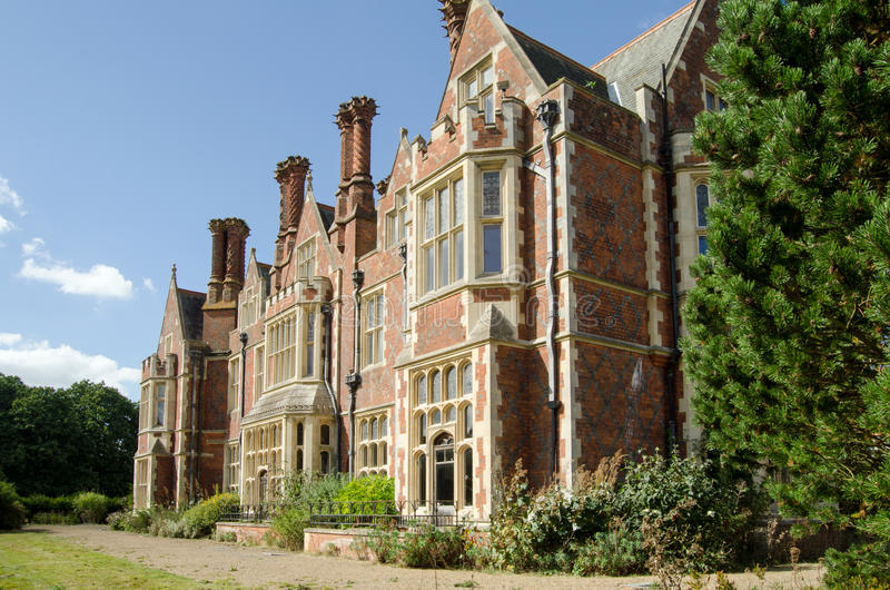 Jacobean style, Aldermaston Manor. Detail of the South facing elevation of Aldermaston Manor, Berkshire. The historic stately home, which was extensively rebuilt stock photos