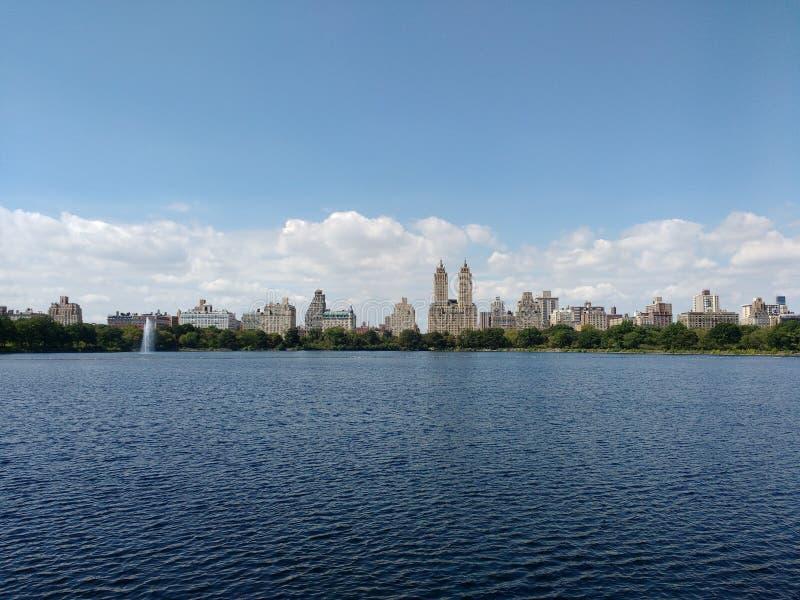 Jacqueline Kennedy Onassis Reservoir, bacino idrico di JKO, bacino idrico del Central Park, Manhattan, NYC, NY, U.S.A. fotografia stock
