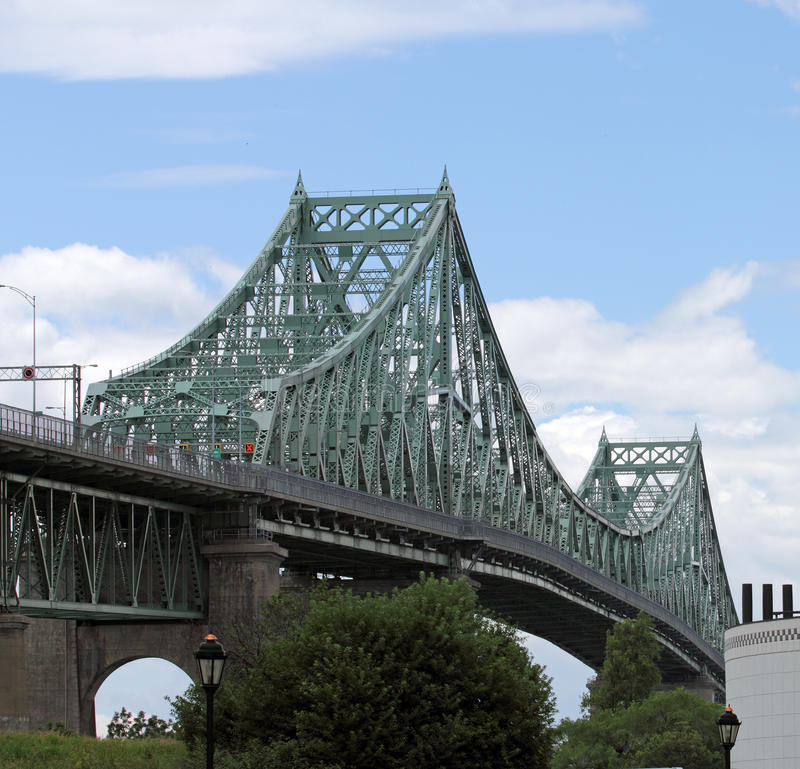 Free Jacques Cartier Bridge Royalty Free Stock Images - 25505359