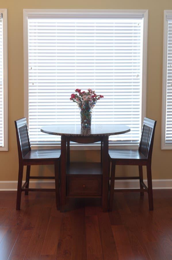 Jadalnia i stół obrazy stock