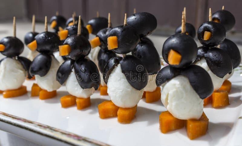 Jadalny pingwinu wojsko fotografia stock