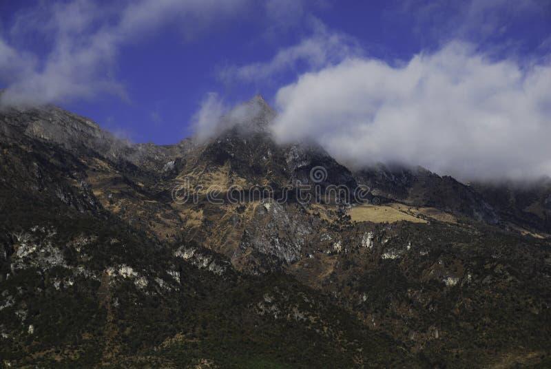Jade Dragon Snow Mountain fotografia stock libera da diritti