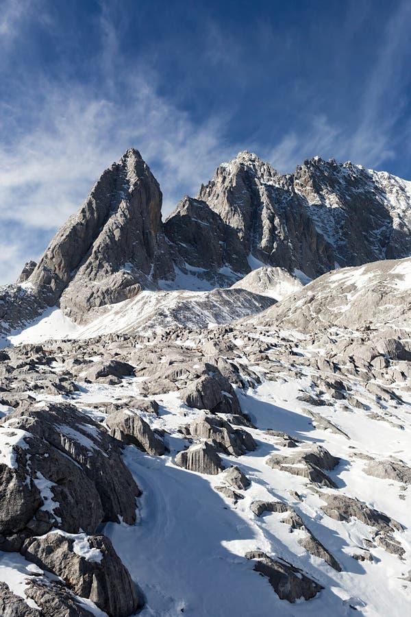 Jade Dragon Snow Mountain foto de stock royalty free