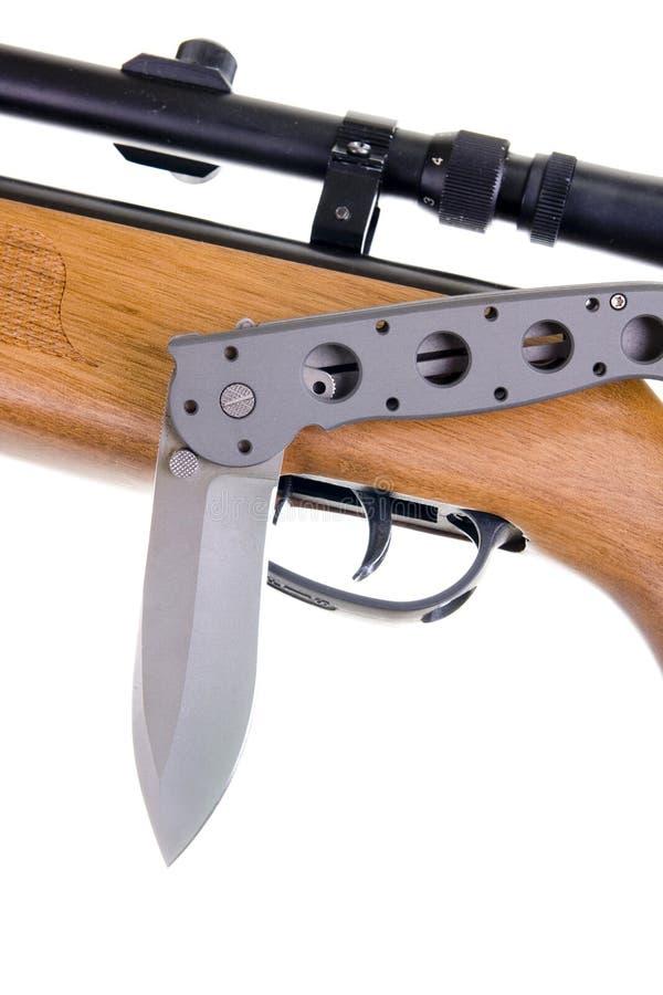 Jagdwaffe und -messer stockfotos