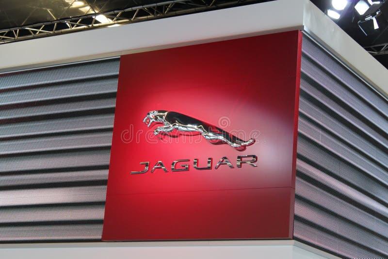 Jaguar-Emblem stockfotos