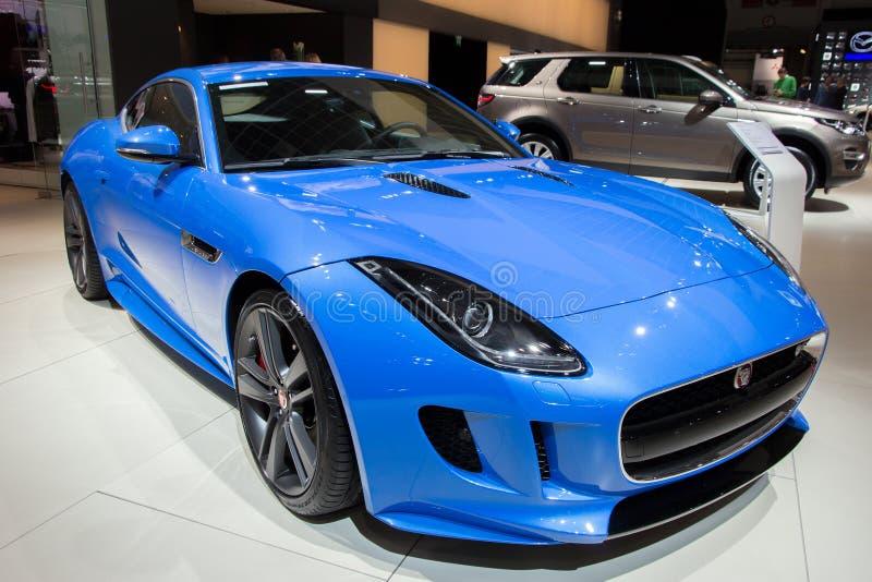 Jaguar F-typ kupé royaltyfri bild