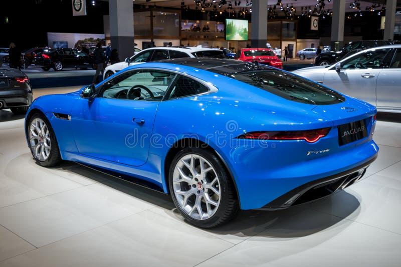 Jaguar F-TYPE lyxsportbil 2018 arkivbilder