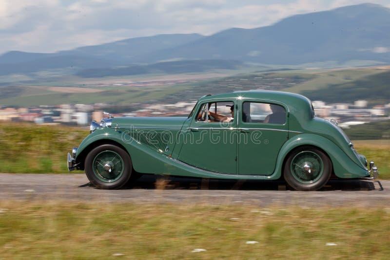 Jaguar MK IV na natureza foto de stock royalty free