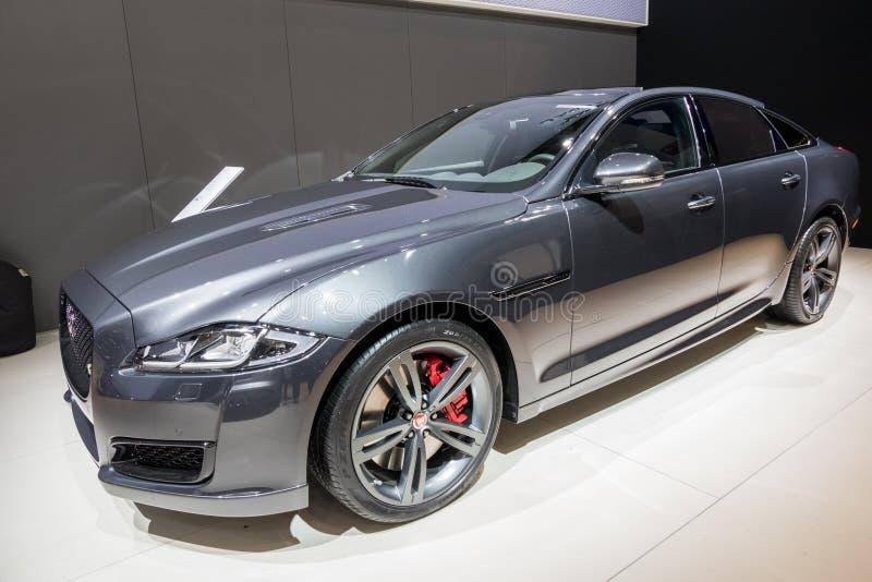 Jaguar xfbil fotografering för bildbyråer