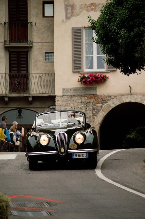 Jaguar XK120 przy Bergamo Historyczny Uroczysty Prix 2015 fotografia stock