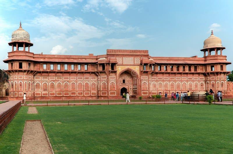 Jahangir Palace à l'intérieur du fort rouge Âgrâ, uttar pradesh, Inde images stock