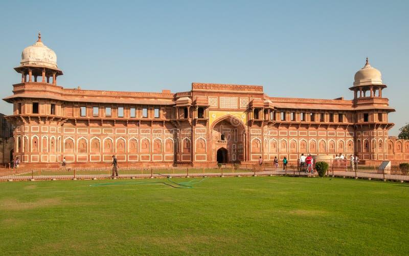 Jahangir Palace au fort rouge à Âgrâ, Inde images libres de droits
