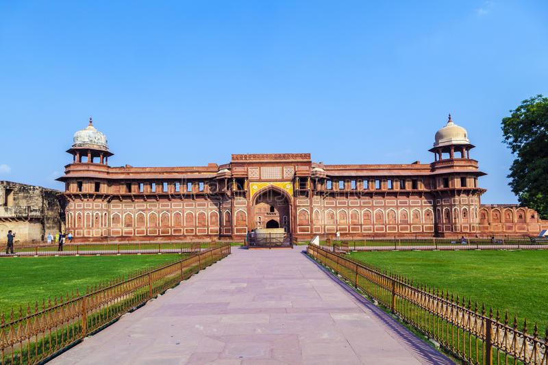 Jahangiri Mahal dans le fort de rouge d'Agra image libre de droits