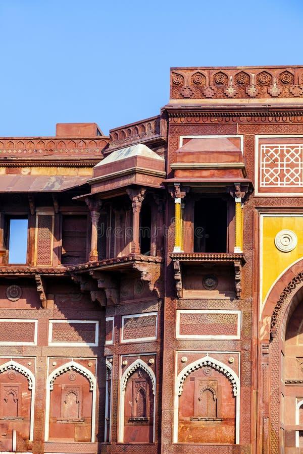 Jahangiri Mahal dans le fort de rouge d'Agra image stock