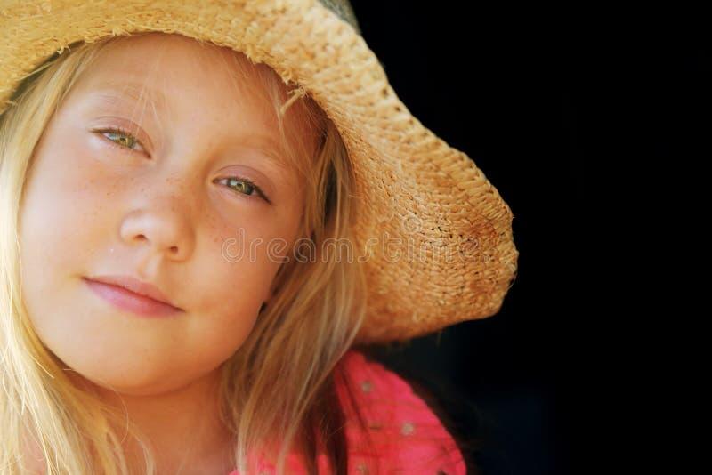 6 Jahre alte Mädchen lizenzfreies stockfoto