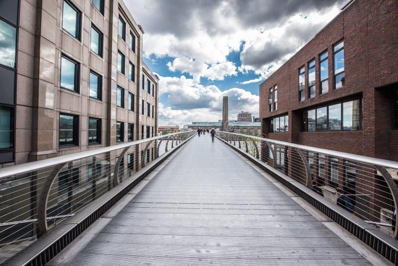 Jahrtausend-Brücke, London stockfoto
