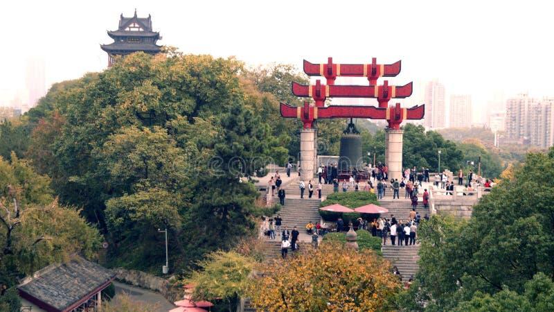 Jahrtausendglocke in China stockbild