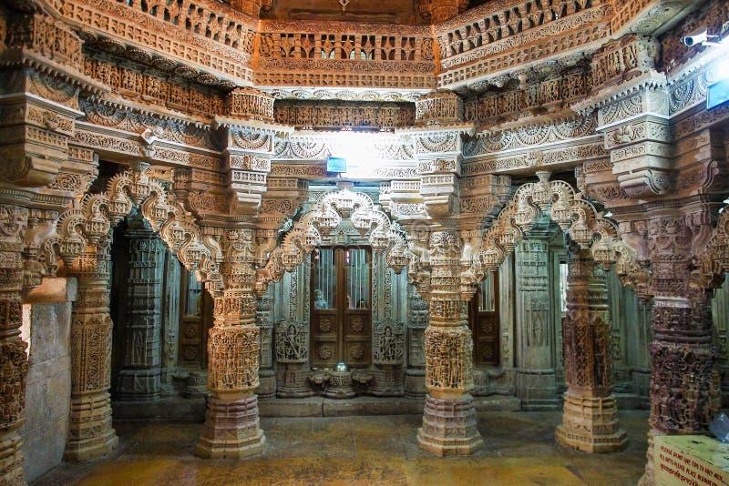 Jain tempel i Jaisalmer, Rajasthan i norr Indien royaltyfri foto