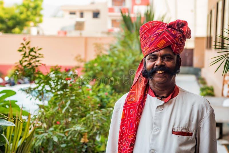 JAIPUR, INDIA - NOVEMBER 9, 2017: Niet geïdentificeerde sikh mens in India royalty-vrije stock fotografie
